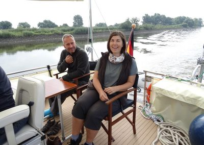 Eva+Rayo genießen die Zeit an Bord