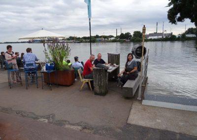 Toller Platz an der Elbe in Entenwerder