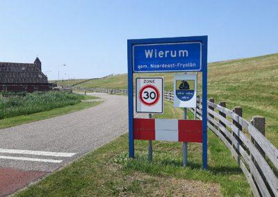 """""""Wierum"""" ... ?  :-))"""